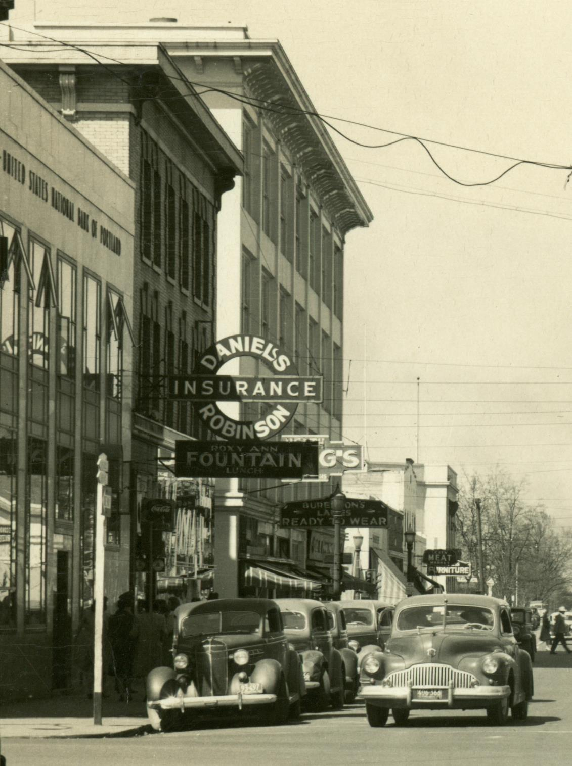 Daniels-Robinson Insurance sign, North Central, Medford, Oregon 1938-45