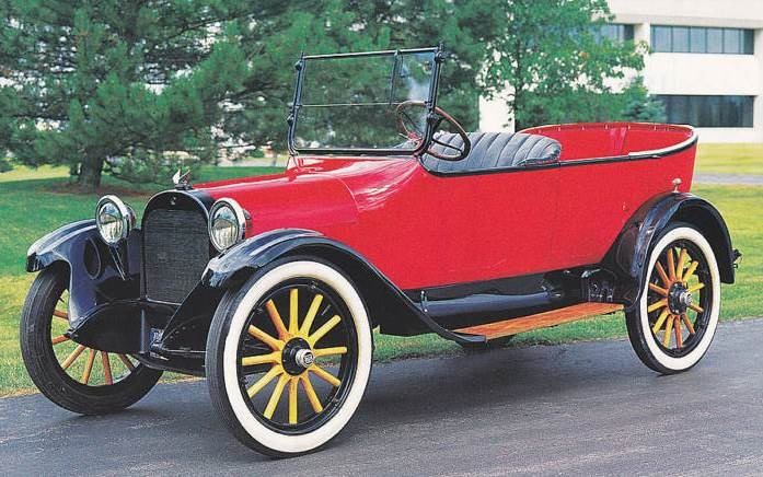 1918 Dodge Brothers touring car